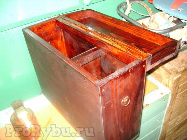 Ящик для рыбалки из фанеры