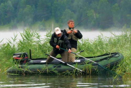 правила ловли рыбы на резиновых лодках
