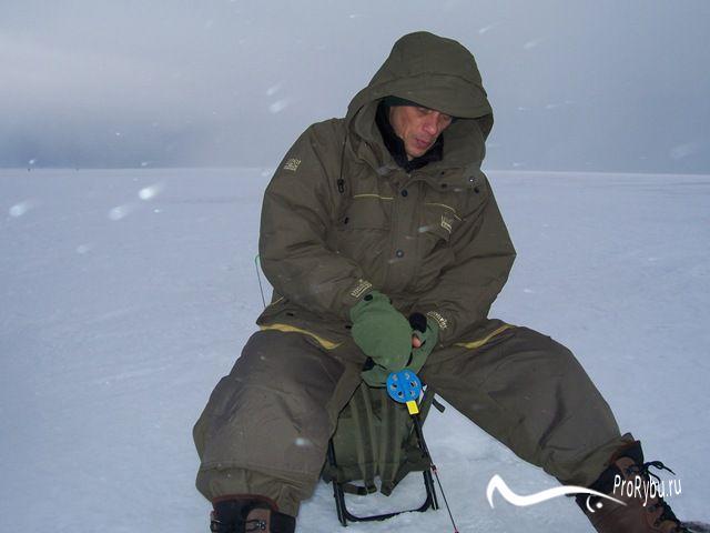 Костюмы для зимней рыбалки