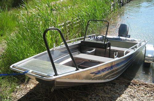 Алюминиевая лодка рыбацкая