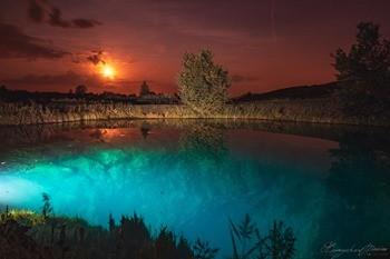 Голубое озеро фото