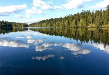 Зеркальное озеро фото