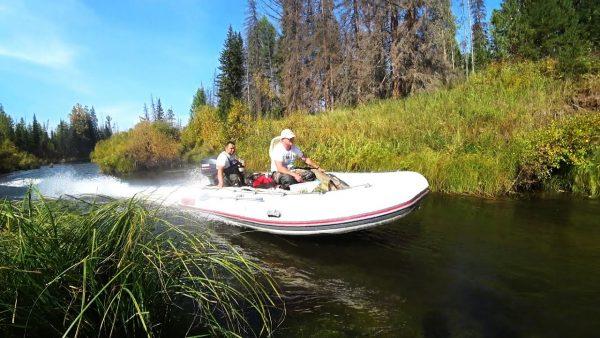 ВИДЕО: Рыбалка на угрюм-реке. Штурмуем перекаты в поисках тайменя