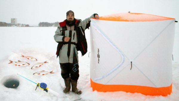 ВИДЕО: Впервые поставил палатку на льду. Зимняя рыбалка на поплавок 2021